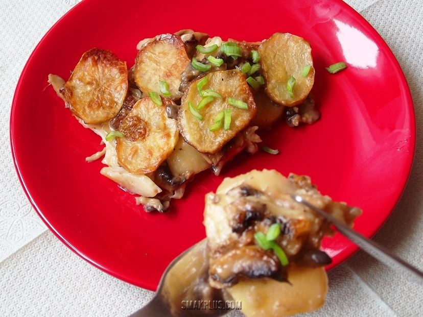 Запіканка з картоплі і грибів <em>10 картоплин</em>