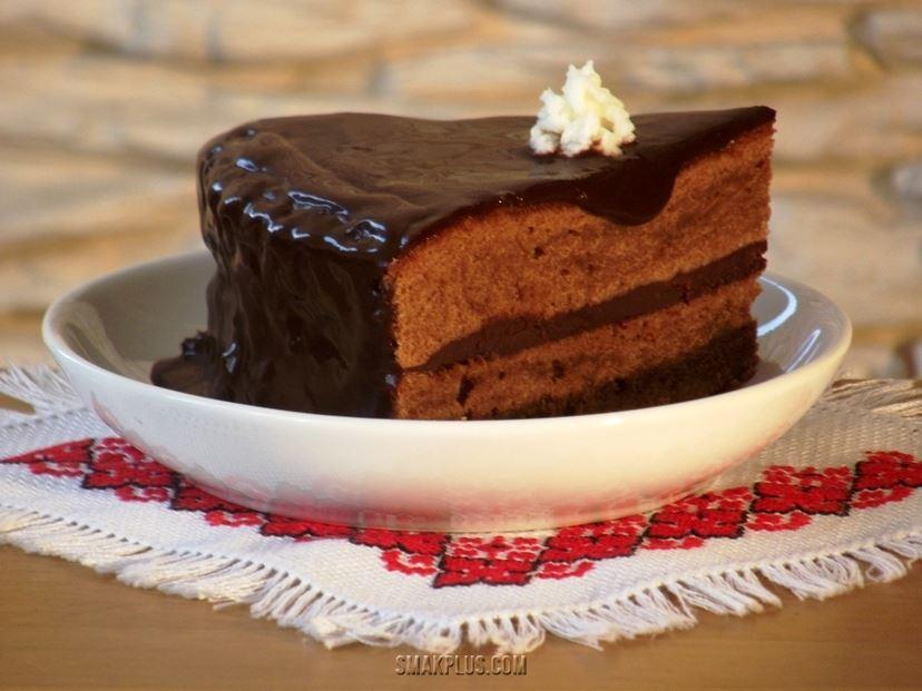 Шоколадний торт Захер