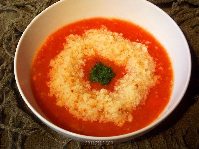 Помідоровий суп гаспачо