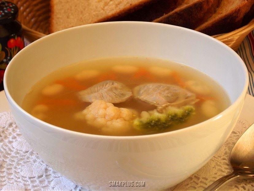 Домашній суп з курячих шлунків